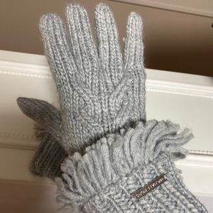 MICHAEL KORS GRAY WINTER GLOVES WITH FRINGES